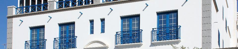 Soil-level blue transom window